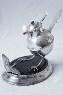 Peewit & Seagull oil lamp